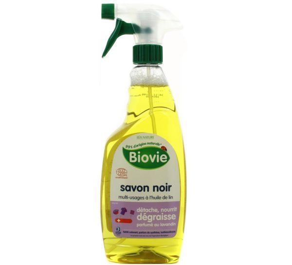 Czarne mydło do w sprayu z eterycznym olejkiem lawendowym Biovie 750 ml