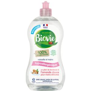 Płyn do mycia naczyń i dłoni na bazie bio oleju migdałowego Biovie 500 ml